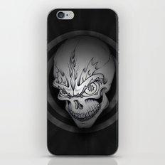 Every man must die iPhone Skin