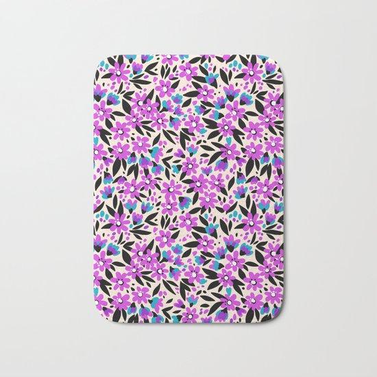 Pretty Purple Flowers White Background 10 Pretty pattern in s...