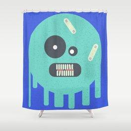 bola fantasmal Shower Curtain