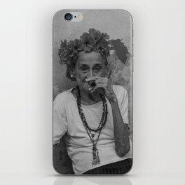 Old lady smoking cuban cigar in Havana iPhone Skin