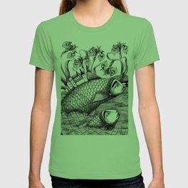The Golden Fish (1) T-shirt