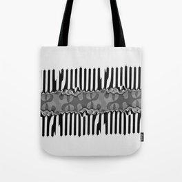 Fraktal Fences Tote Bag
