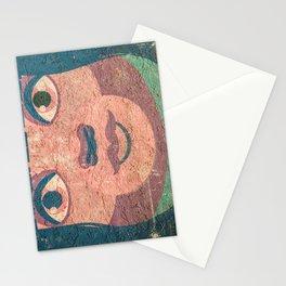 le visage dans le mur Stationery Cards