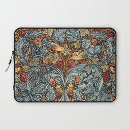 """William Morris """"Acanthus and vine"""" 2. Laptop Sleeve"""