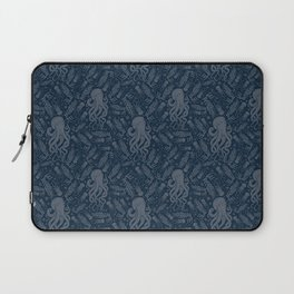 Octopus Squiggly King Of The Sea Pattern Laptop Sleeve