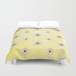 Daisies in love- Yellow Daisy Flower Floral pattern with Ladybug Duvet Cover