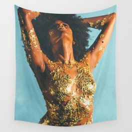 Beauty foster - skin and gold Wall Tapestry