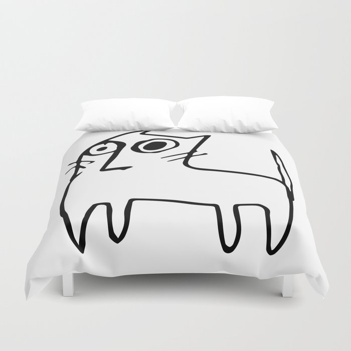 A mangy, miffed and slightly damaged cat Duvet Cover