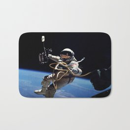 Astronaut : First American Spacewalk 1965 Bath Mat
