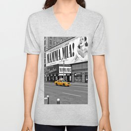NYC Yellow Cabs Mamma Mia - USA Unisex V-Neck