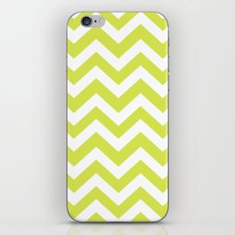 Maximum green yellow - green color - Zigzag Chevron Pattern iPhone Skin