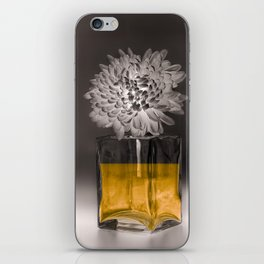IL NOBLE iPhone Skin