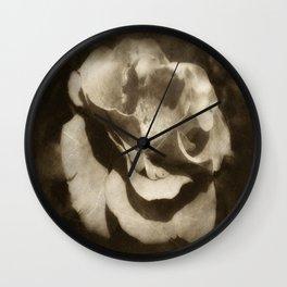 Rosas Moradas 3 Antiqued Wall Clock