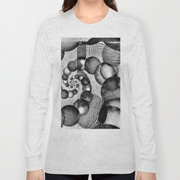 STRANDED/An Abstract Long Sleeve T-shirt