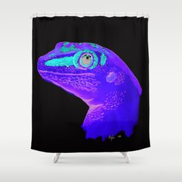 Gecko Friend Shower Curtain