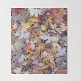 leaf litter menagerie Throw Blanket