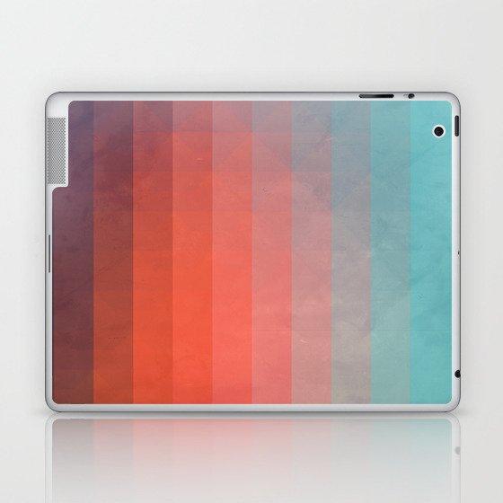 Blww wytxynng Laptop & iPad Skin