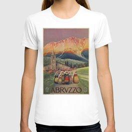 Abruzzo Italian travel back from church T-shirt