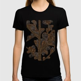 earthy swirls T-shirt