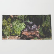 The king of the cats Beach Towel