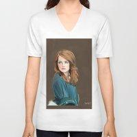 emma stone V-neck T-shirts featuring Emma Stone by Artsy Rosebud