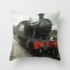 Totnes Prairie Throw Pillow