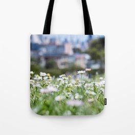 Hello Daisy! Tote Bag