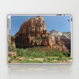 Hiking Zion National park in Utah, USA Laptop & iPad Skin