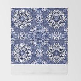 Blue snow pattern Throw Blanket