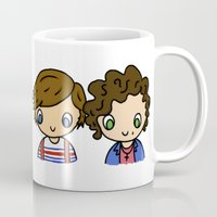 larry stylinson Mugs featuring What Makes Larry Beautiful by clevernessofyou