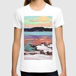 12,000pixel-500dpi - Tom Thomson - Landscape with Snow - Digital Remastered Edition T-shirt