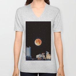 Blood Moon Over Pittsburgh Pennsylvania Skyline-Night Sky and Stars Unisex V-Neck