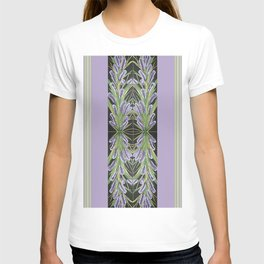 Lilac Powder Puff With Border T-shirt