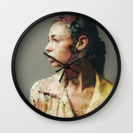 FACE FLORAL Wall Clock