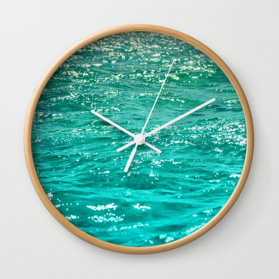 SIMPLY SEA Wall Clock