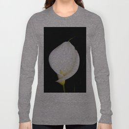Calla Isolated Long Sleeve T-shirt