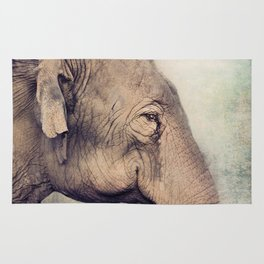 The smiling Elephant Rug