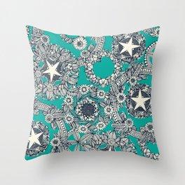 cirque fleur turquoise Throw Pillow