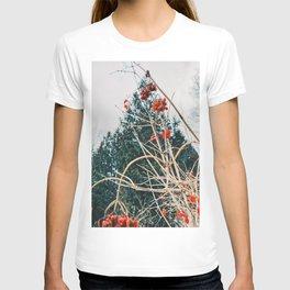 Winter wild berries T-shirt