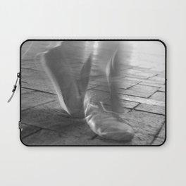 Downtown Dancer Laptop Sleeve