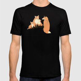 Fox family in the autumn forest T-shirt