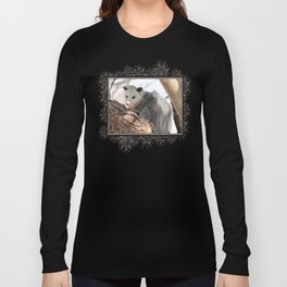 North American Opossum in Winter Long Sleeve T-shirt