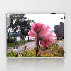 looking on the way Laptop & iPad Skin