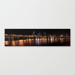portland across the willamette Canvas Print