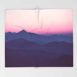 Kiss of a Pink Sunset Throw Blanket
