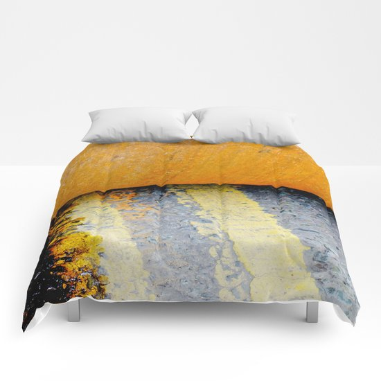 HAMM Roller on Double Yellow Lines Comforters