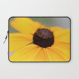 Macro Black Eyed Susan 1 Laptop Sleeve