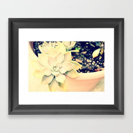 WhiteFlower Framed Art Print