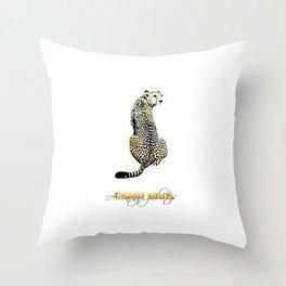 acinonyx jubatus Throw Pillow