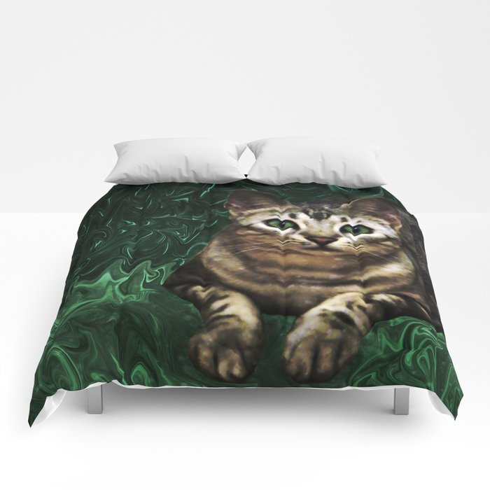 Green Grass Cat Eyes of a Marble Lepre-cat Comforters